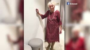 wedding dress maroon social media helps 93 year to be find wedding dress