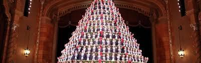singing christmas tree mona shores singing christmas tree muskegon mi