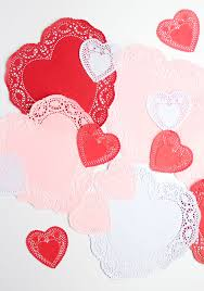 heart doilies 10 clever ways to use paper heart doilies design improvised