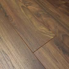 is laminate flooring good 7749