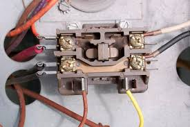 contactors for air conditioners and heat pumps