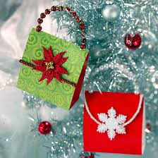 Christmas Decorations To Make Yourself - christmas decoration made of paper u2013 18 cool creations for