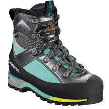scarpa womens boots nz scarpa triolet gtx w semi rigid high mountaineering boots