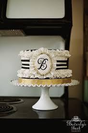 monogram plaques best 25 monogram wedding cakes ideas on monogram cake