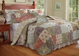 Quilted Bedspread King Amazon Com Greenland Home Blooming Prairie King Quilt Bonus Set