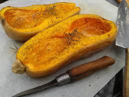 comment cuisiner les butternuts courge butternut rôtie aux herbes de provence et à l huile d olive