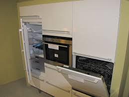 lave vaisselle en hauteur cuisine comment placer un lave vaisselle dans une cuisine intégrée