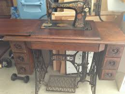 Antique Singer Sewing Machine And Cabinet Quilters U0027 Quarters Vintage And Antique Sewing Machines
