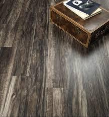 laminate flooring vs engineered hardwood derby 922 pisos vinílicos pinterest luxury vinyl luxury
