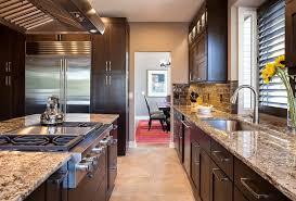 cuisine cuisiniste la rochelle avec jaune couleur cuisiniste la chic