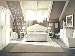 decoration chambre chambre taupe et beige deco chambre taupe et beige decoration