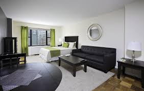 2 bedroom rentals nyc new york 2 bedroom apartment living room ny