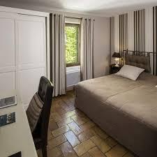 chambre de cryoth apie charming hotel in luberon le de guilles bedrooms