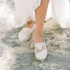 wedding shoes toms one republic feel again recessional song