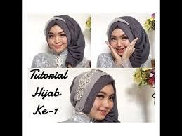 simple hijab styles tutorial segi empat natural look buat wisuda one brand wardah chit chat detail buat