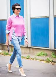 What To Wear With Light Jeans Denim 101 How To Style Every Pair Of Jeans You Own Whowhatwear