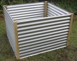 corrugated metal raised garden bed terrasse en bois