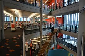 foto gratis all interno moderno biblioteca struttura