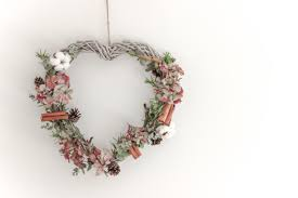 22 wreath ideas for your home the luxpad the