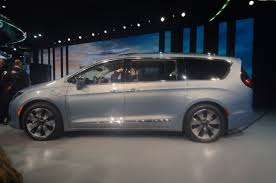 2017 chrysler pacifica touring l van black chrysler pacifica and
