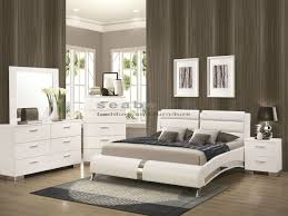 Greensburg Storage Sleigh Bedroom Set 300345q Felicity White Chrome 6pc Queen Bedroom Set