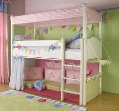 kinderzimmer mit hochbett komplett hochbett für kinderzimmer wohnkultur die besten 25 hochbett kinder