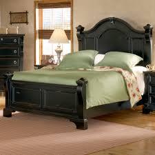 Zelen Bedroom Set King King Poster Bed Valencia Bronzed Black U0026 Cherry King Poster