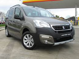 peugeot van 2017 used peugeot partner tepee cars second hand peugeot partner tepee