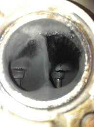 what is this in my exhaust port suzuki lt r450 forum