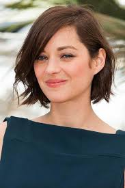 hair stlyes with side parting oval face small forehead the best short hairstyles for oval faces southern living