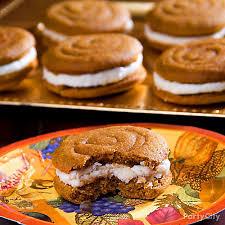 pumpkin whoopie pies recipe thanksgiving appetizer dessert