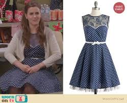 wornontv betsey u0027s blue polka dot dress with lace inset on the