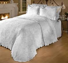 Bedspreads Sets King Size Amazon Com Roycroft Prada Portuguese Matelasse Bedspread Sham Set