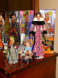 halloween cupcake display the fashion doll review a little halloween display