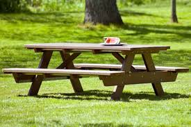 recycled plastic picnic tables for community parks