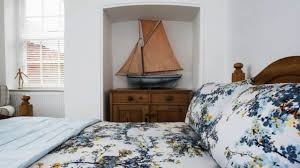 Nautical Decor Ideas Creative Design Ideas For Decorating Nautical Rooms Youtube