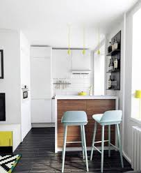 cuisine pour petit espace aménagement petit espace idées créatives pour l optimiser chaises