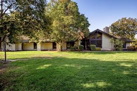 Home Of Prince by 3222 W Kearney Blvd Fresno Ca 93706 Mls 470409 Redfin