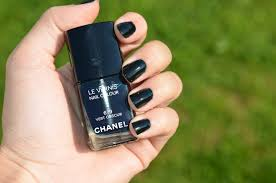 chanel fall 2015 nail polish ecorce sanguine vert obscur