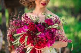 wedding flowers questions to ask the 13 most important questions to ask any wedding florist