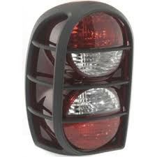 2005 jeep liberty tail light 2005 2006 jeep liberty tail l lh lens and housing w air dam