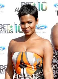 are side cut hairstyles still in fashion 2015 nia long tousled side parted pixie cut african american