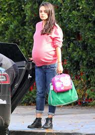 Maternity Pictures Mila Kunis S Chic Maternity Style Instyle