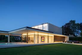 residence vdb a sculptural concrete bachelor pad by govaert