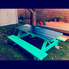 picnic table with chalkboard painted top such a great idea for
