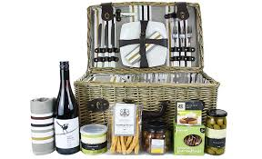 the centennial park picnic gift basket for four with food