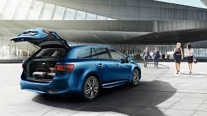 toyota family car toyota avensis executive limited edition jūsų stilius jūsų toyota