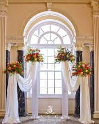 wedding arches and columns best 25 wedding columns ideas on christmas wedding