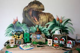 jurassic world jeep toy jurassic world birthday party shindigz