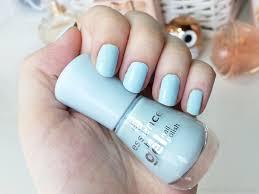 essence the gel nail polish 63 itsy bitsy blue mateja u0027s